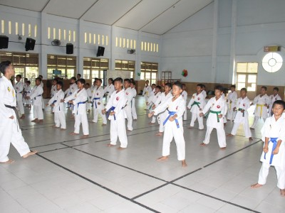 Ekstrakulikuler Karate
